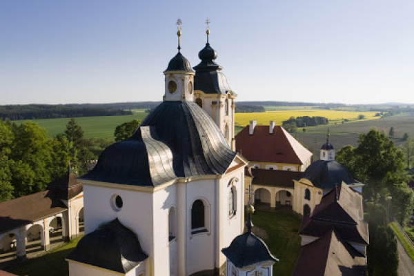 Fotografie k Poutní kostel Jména Panny Marie