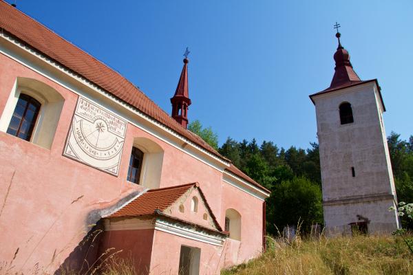 Fotografie k Kostel sv. Bartoloměje (Červená II.)