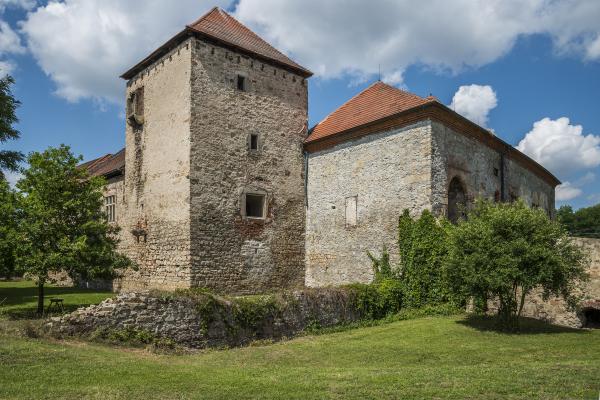 Fotografie k Horní tvrz Kestřany